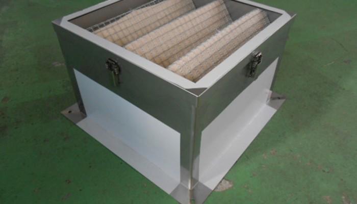 フィルターBOX製作(有圧扇用)現場に合わせて製作いたします。ステンレス・鉄・メッキなど材質は選定可能です。