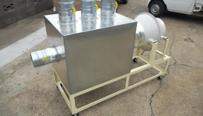 排気装置半田装置のテスト用排気装置です。ファンとBOX、ダンパーを取付けし工場内で装置のテストをするための設備です。